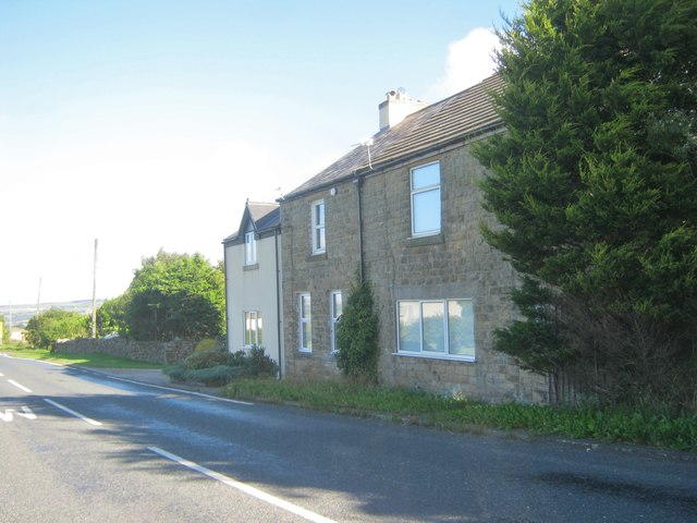 Squarehouse Cottages next to the B6301