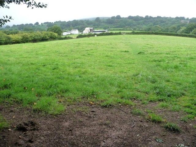 Public footpath to Bryn