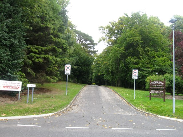 South Drive, West Green Park