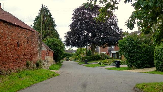Upper End, Eckington