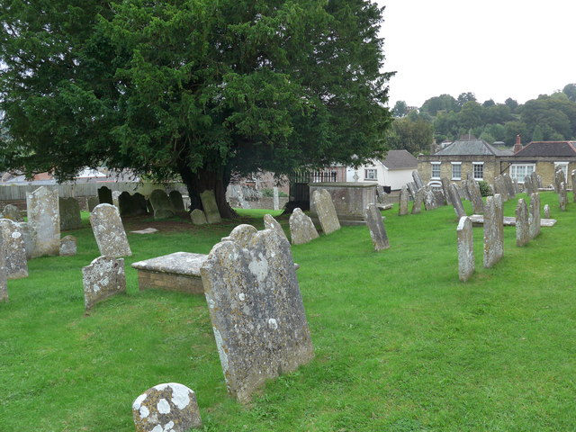 St Mary, Carisbrooke: churchyard (c)