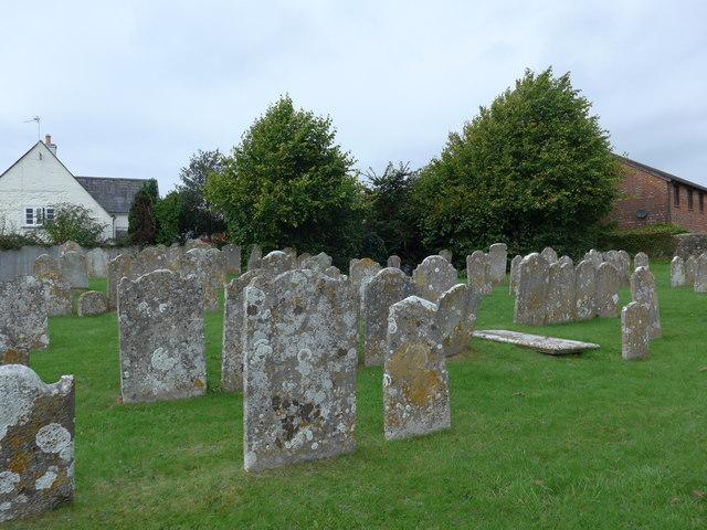 St Mary, Carisbrooke: churchyard (h)
