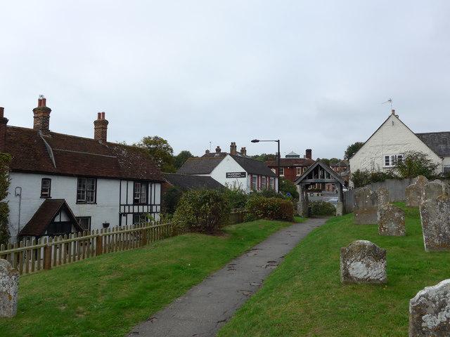 St Mary, Carisbrooke: churchyard (f)