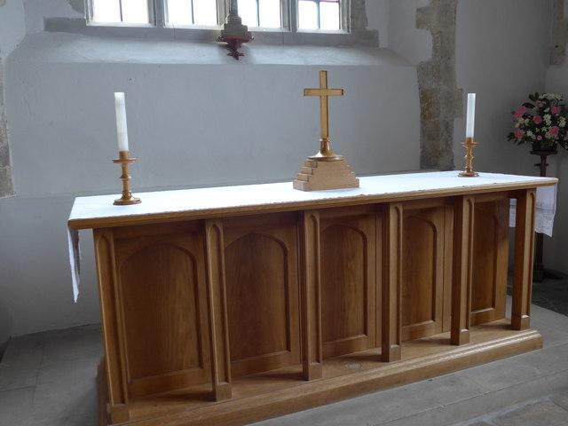 St Mary, Carisbrooke: altar (b)