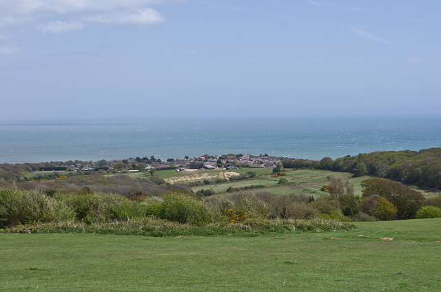 Towards Fairlight Cove