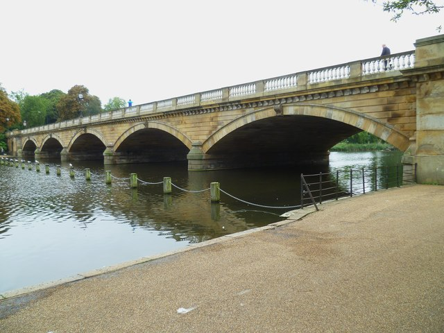 The Serpentine Bridge