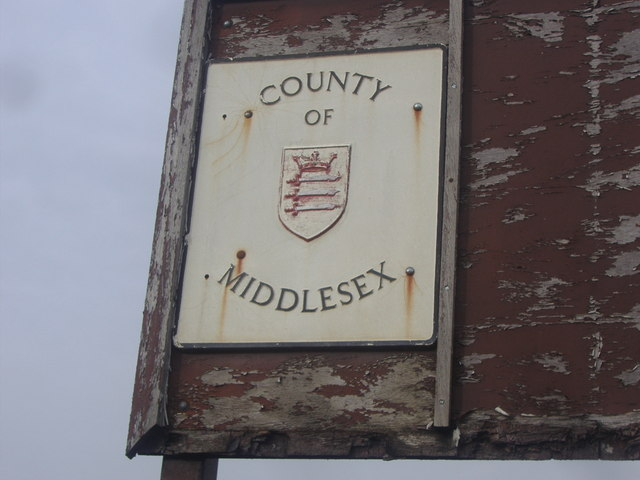 County of Middlesex sign, Chase Side
