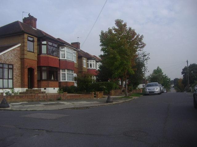 Knoll Drive, Southgate