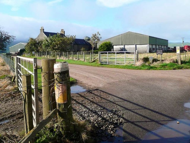 Strath farm roadend