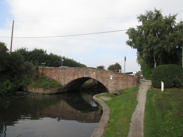 Erewash canal, Bridge 25 at Shipley Lock