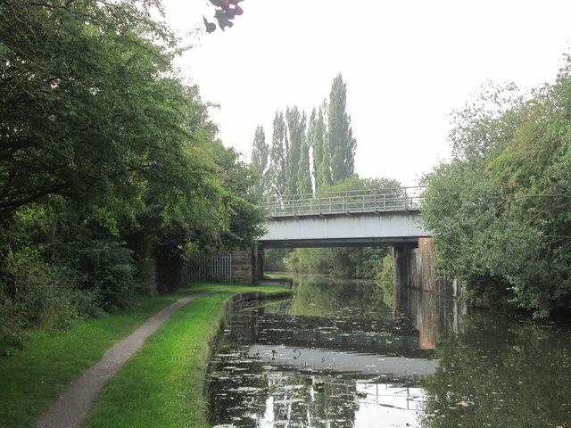 Railway bridge over the Erewash Canal