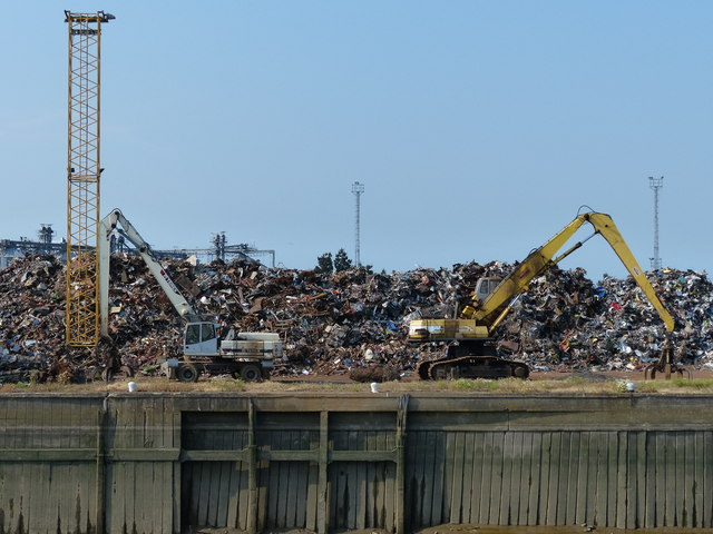 Metal recycling at the Port of Boston
