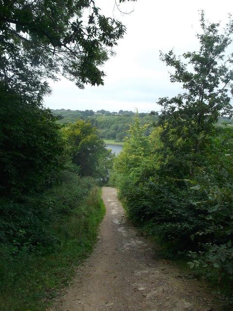 Round reservoir Route near Newbarn Farm