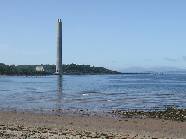 Inverkip power station chimney