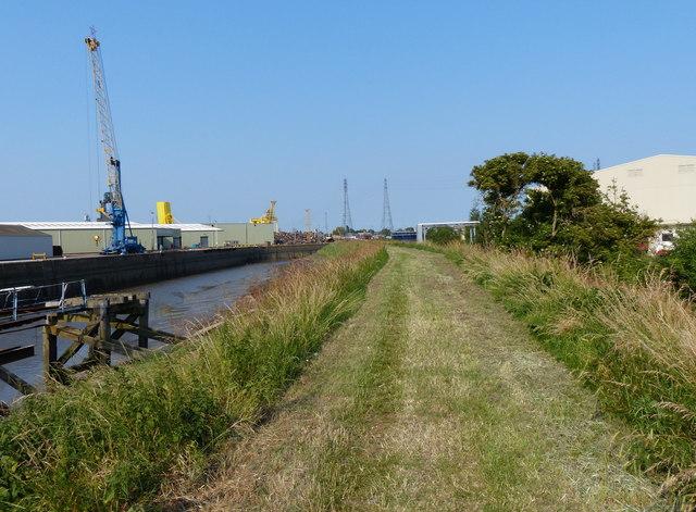 Macmillan Way along the River Witham