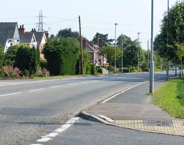 London Road in Wyberton