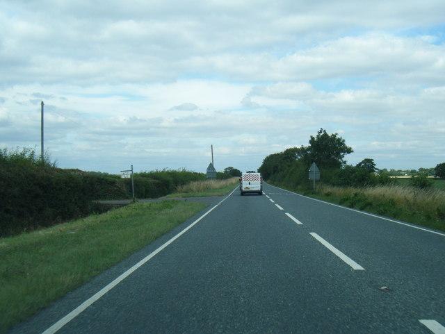 A1031 northbound at Highfield Farm