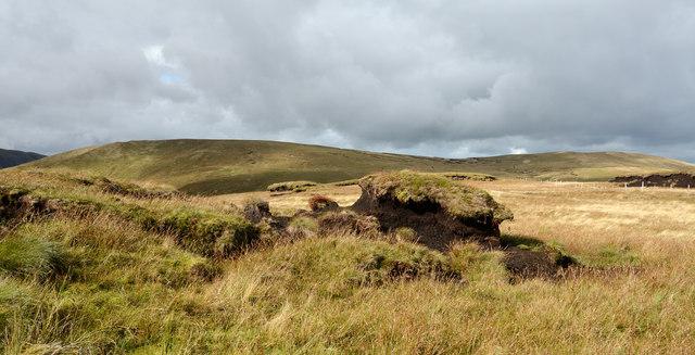 Peat banks on Llechwedd Du