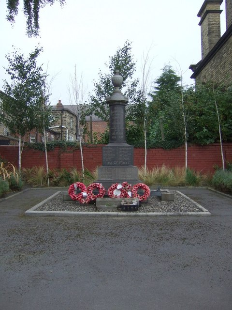Mapplewell and Staincross War Memorial
