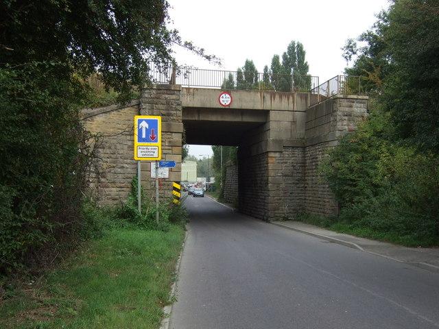 Railway bridge over Shaw Lane