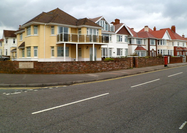 West Drive SE of Victoria Avenue Porthcawl