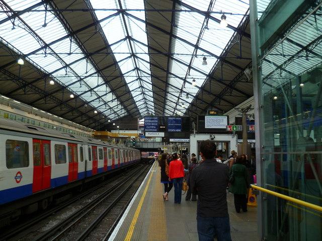 Looking along Platform 3 on Earls Court Underground Station