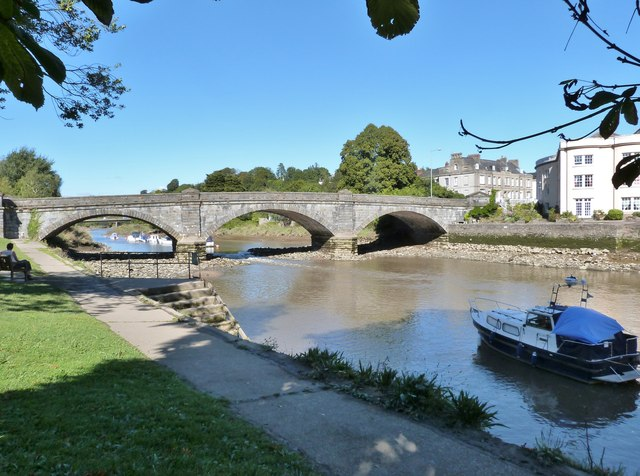 Bridge over the River Dart, Totnes, Devon