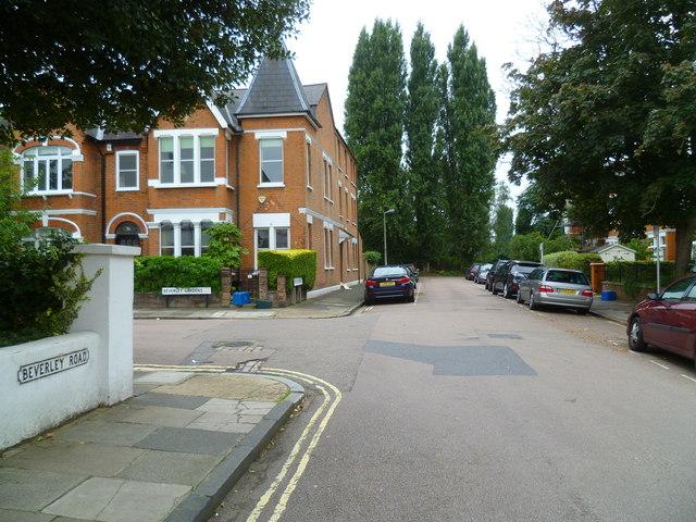 Looking along Beverley Road into Brook Gardens