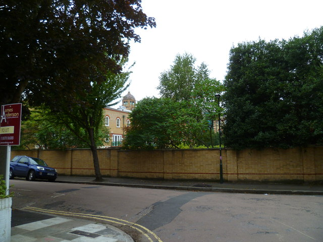 The junction of Riverview Gardens and Clavering Avenue