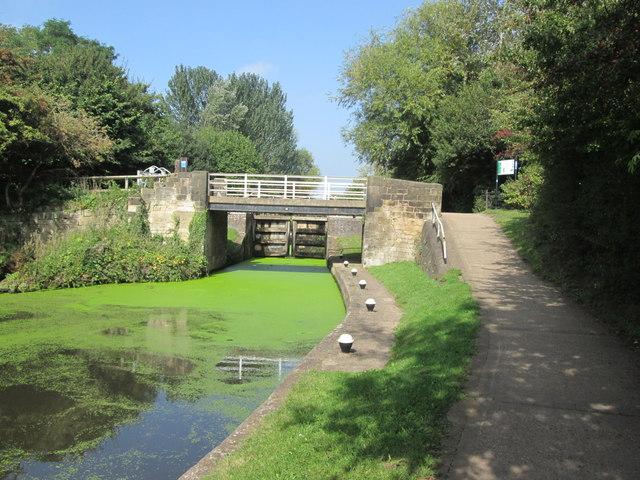 Bridge 15 and Stanton Lock