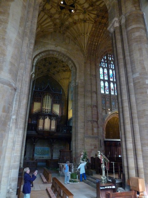 Inside Sherborne Abbey (37)