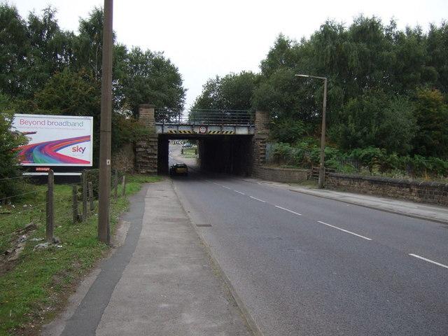 Disused railway bridge over Pontefract Road
