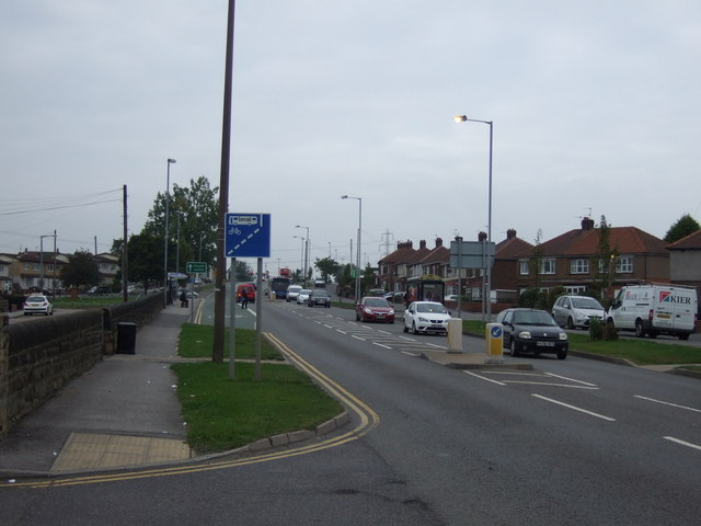 Wakefield Road (A633), New Lodge