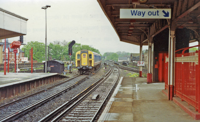 Out into SE London and Kent from Herne Hill station, 1992