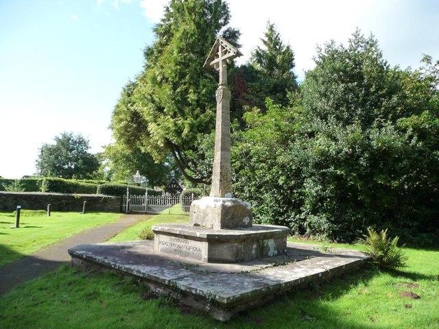 Cross, St Andrew's churchyard, Tredunnock