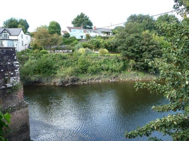 The hamlet of Newbridge on Usk