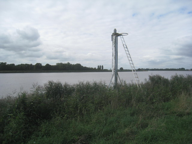 Navigation beacon on the River Ouse