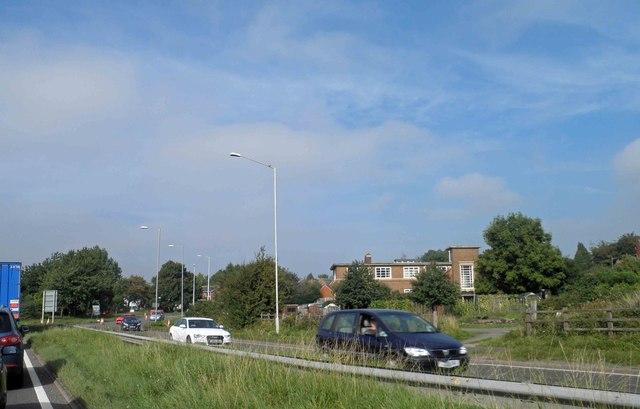 Queuing traffic on Stonebridge Road
