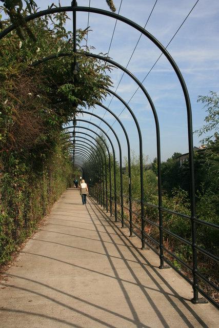 Birdcage walkway