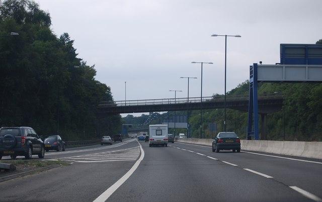 M4, Junction 24