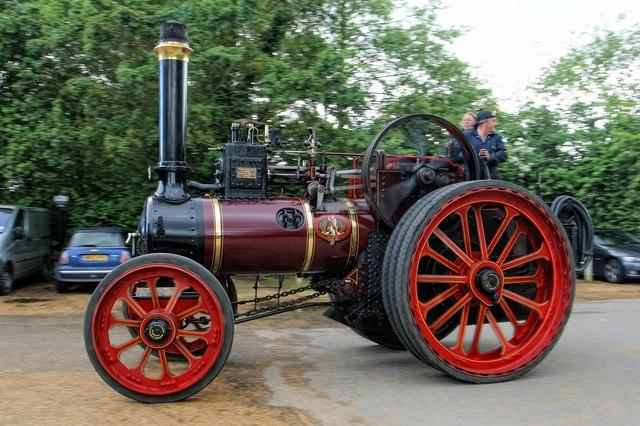 Traction Engine - Bluebells Tea Room Car Park, Marsworth