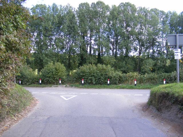 Ringland Road, Ringland Hills