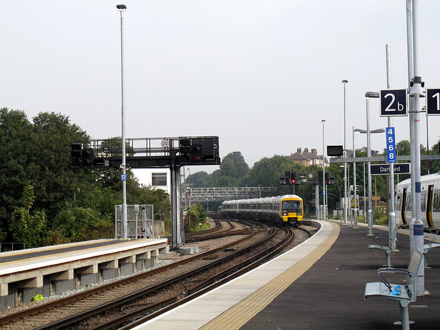 Dartford station:extended platforms