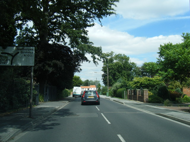 A1031 Tetney Road looking north