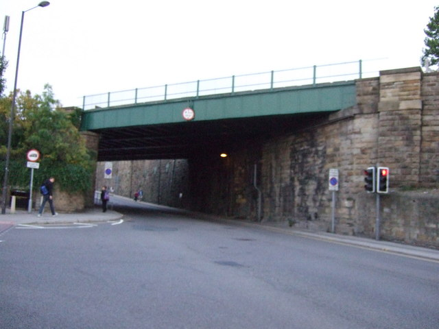 Railway bridge over Eldon Street North