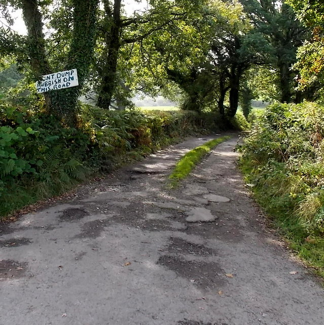 Don't dump rubbish on this road east of Waunarlwydd