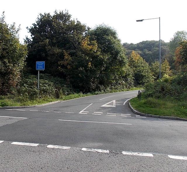 Ystrad Road south of Cwmbach Road, Waunarlwydd