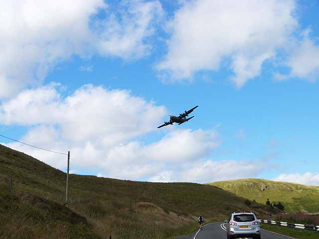 Low-flying Hercules over the Devil's Beeftub
