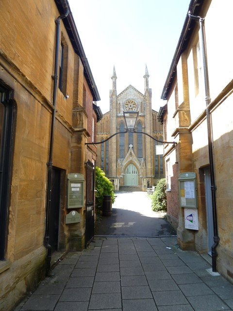 Looking through to Cheap Street Church