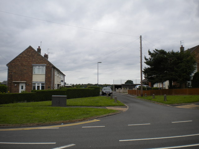 Service road off Seabridge Lane, Westbury Park